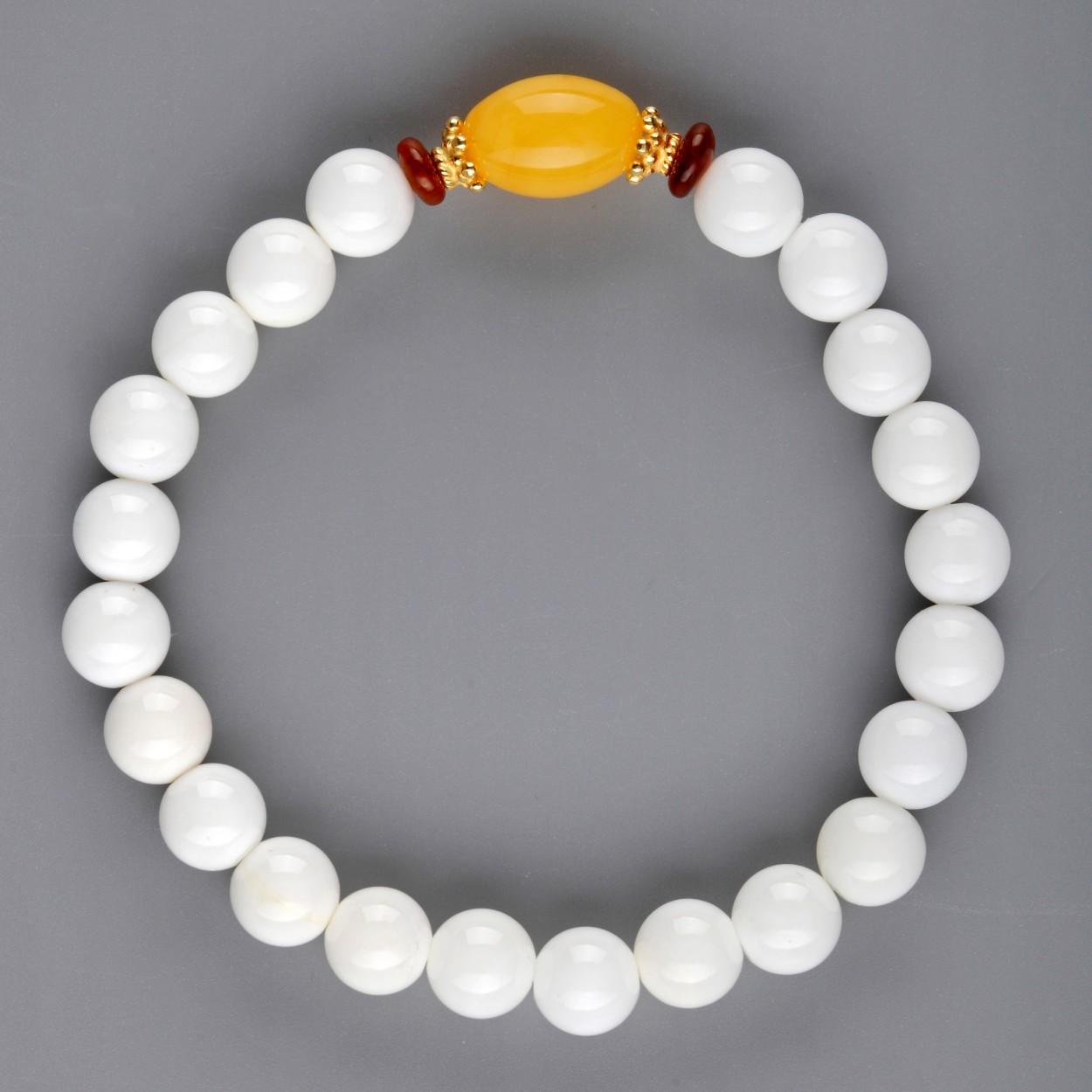 White Shell Amber Bracelet