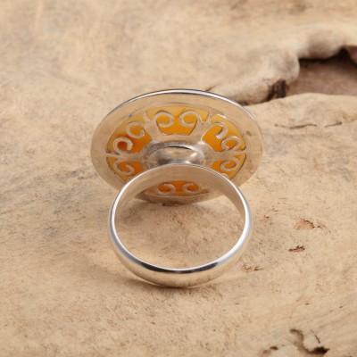 Amber Ring Round