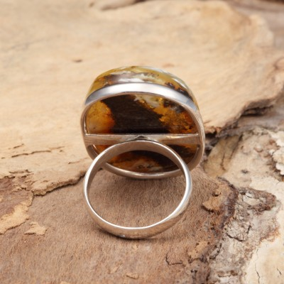Amber Ring Incredible